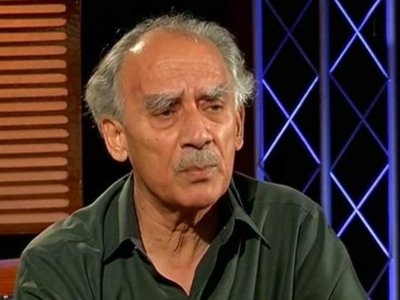 Pune: Arun Shourie recovering fast in hospital after fall