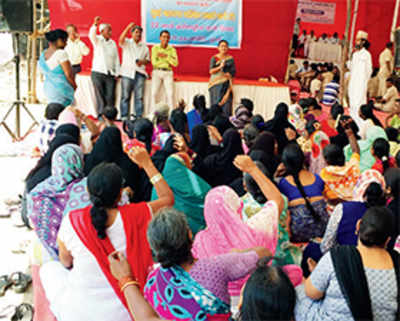 BMC gets notice for not providing water to slums