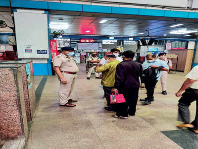 8K passengers lose money, fail to travel