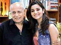 Did Alia just call her dad Mahesh Bhatt a liar?