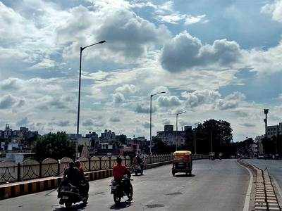 Ahmedabad to get season's first spell of heavy rains