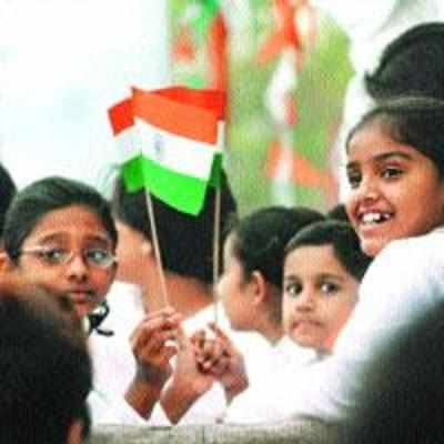 R-Day gets senior cops, civic officials into celebratory mood
