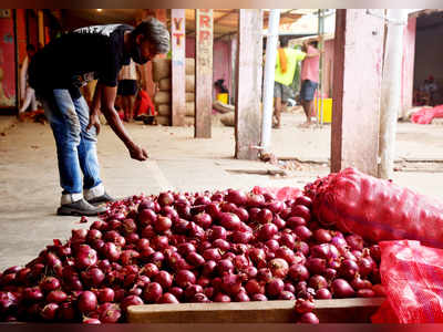 Supply hit, traders get onions from Iran, Egypt
