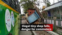 Illegal tiny shop falls on the PMPML bus stand near PMC building in Pune, poses danger for daily commuters