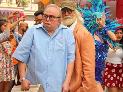 Amitabh Bachchan, Rishi Kapoor shoot at 'Coolie' location after 35 Years