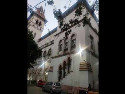 Health workers at Byculla Railway Hospital sent in quarantine