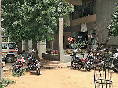 It is paid leave for Gandhinagar RTO staff after internet service conked off