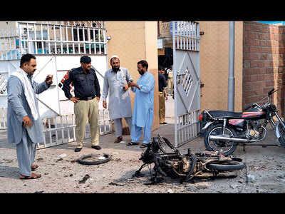Twin terror attacks kill 9 in Pak