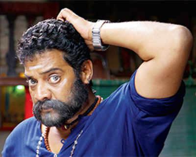 Ravishankar scores 50
