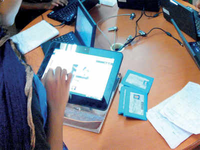 Education department will handout 10K tablets