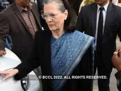Congress president Sonia Gandhi likely to resign from interim president post on Monday