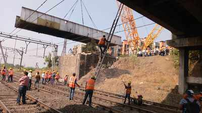 Train services resume between Dombivli and Kalyan after Patri Pool bridge is demolished