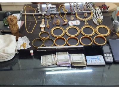Railway police arrests thief in Jalgaon, jewellery worth Rs 12.8 lakh recovered