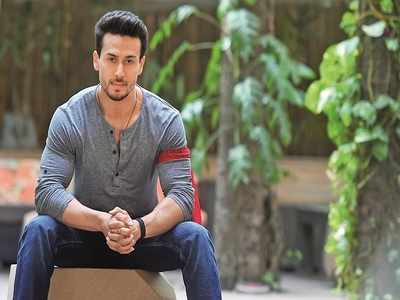 Tiger Shroff called a fan and here's what he spoke about