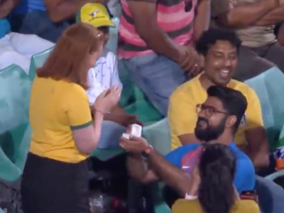 India vs Australia: Marriage proposal during second ODI at SCG wins hearts