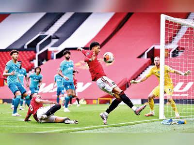 United maul Bournemouth 5-2