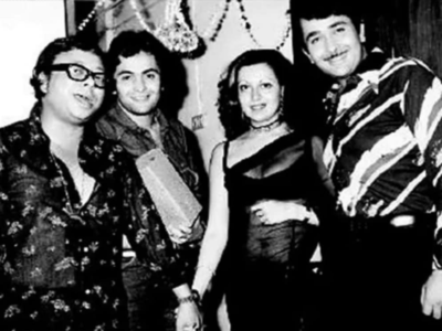 Throwback Thursday: When Rishi Kapoor posed with Randhir, Babita and RD Burman