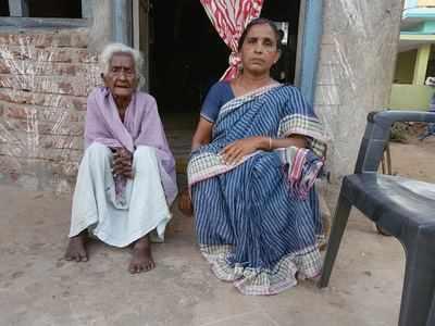 Digital blues: Nonagenarian denied ration over Aadhaar biometric mismatch