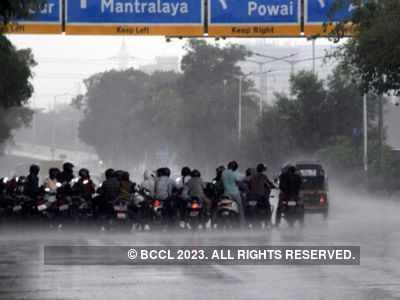 IMD issues orange alert: Heavy to very heavy rain predicted in Mumbai on July 3-4