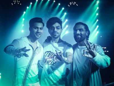 Aparshakti shares a BTS picture with Varun and Remo