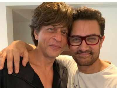 Aamir Khan directs Shah Rukh Khan's cameo in Laal Singh Chaddha
