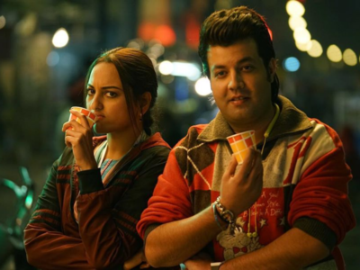 Watch: This is what happened when Varun Sharma discovered that Sonakshi Sinha has never had 'Sooji ke Golgappe'