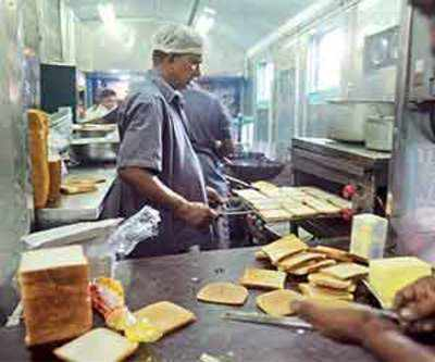 What are your favourite meals served on Indian Railways? If any?
