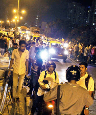 1 dead, 2 hurt in bike accident on Lalbaug flyover
