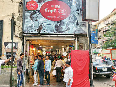 Colaba Causeway hawkers cut by half; stalls to get a makeover