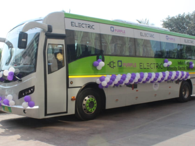 Nitin Gadkari inaugurates first electric bus service between Mumbai and Pune