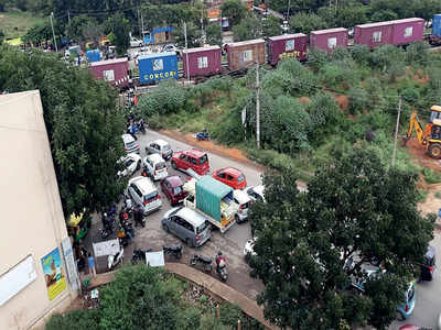 This railway junction in Jakkur ward is a hurdle for motorists