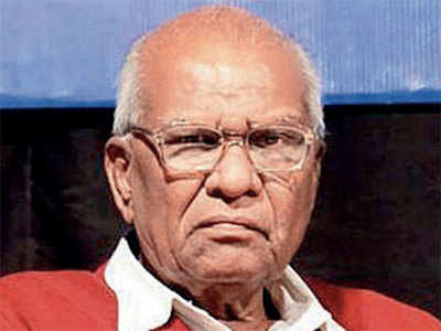Right-wing activist Kalaskar held for Pansare's murder