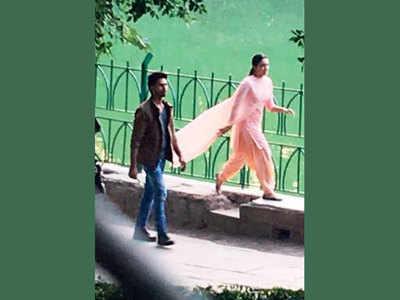 Kiara Advani, Shahid Kapoor shoot for romantic song in Delhi for Kabir Singh