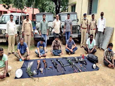 Forest officials bust alleged poaching plans, 4 held