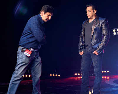 Salman Khan revisits old days with ad-filmmaker friend Kailash Surendranath at Mehboob Studio