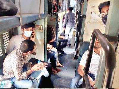 Students stranded in Delhi come back