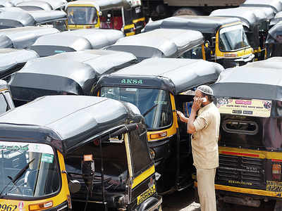 Respite for commuters, autorickshaw strike called off; Union's meeting with CM Fadnavis  today