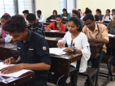 Karnataka: Trimming 2nd Pre University exams not feasible, says PU director