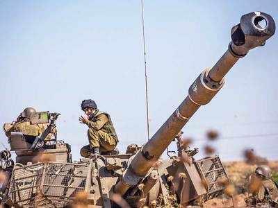 Israeli army pummels Hamas tunnel system