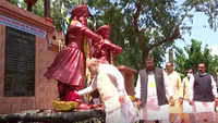 Home Minister pays floral tributes at Raja Shankar Shah, Raghunath Shah statues