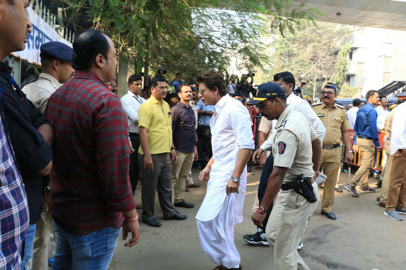 Bollywood celebs and citizens bid legendary actor Sridevi goodbye