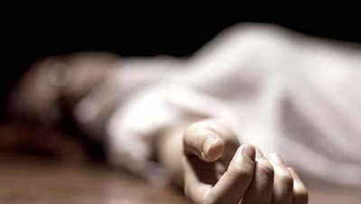 Bengaluru girl kills self over botched hairdo