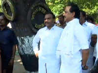 DMK leader MK Stalin detained while protesting against TN governor