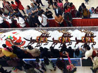 Christmas 2018: 750 kg plum cake on display in Ahmedabad mall