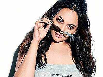 Sonakshi Sinha to auction 10 paintings to provide ration to the needy