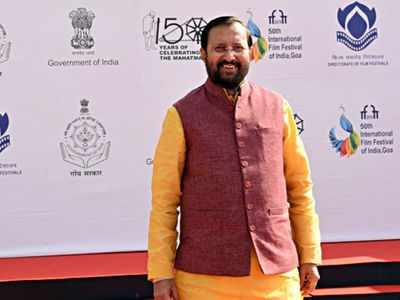 Union Minister Prakash Javadekar faces protests at IFFI in Goa over River Mahadayi row