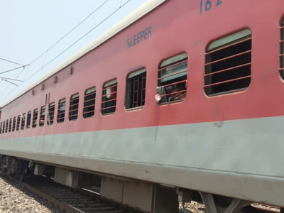 Train carrying migrants to Gorakhpur lands at Rourkela in Odisha: passengers clueless; railway cites congestion