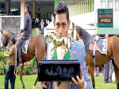 Top Knight Suraj Narredu stands tall in elite 2000 Club
