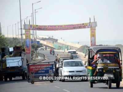 Three killed, 31 injured after truck hits bus in Gujarat