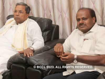 Sedition case filed against ex-CM HD Kumaraswamy, Siddaramaiah for opposing IT raids